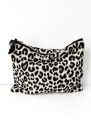 Shauny Leopard Print Clutch