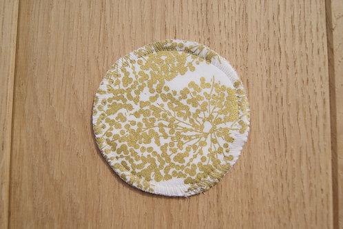5 Make up pads -Gold