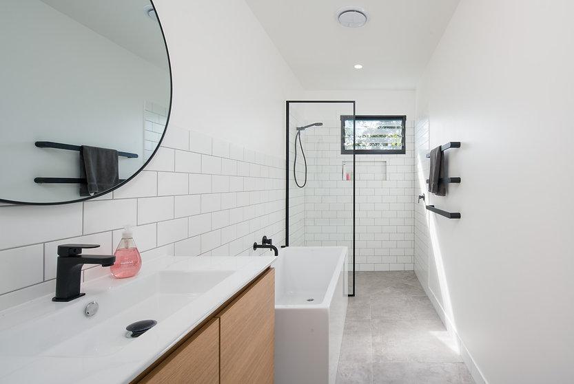 Architecture Peregian Bach Bathroom.jpg