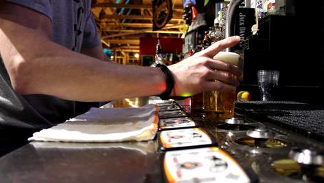 6 tap in counter kegerator (5) keg Fowli