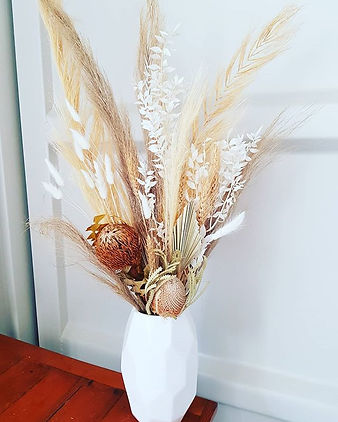 Dreamy😍_#bohostyle #driedflorals #forev