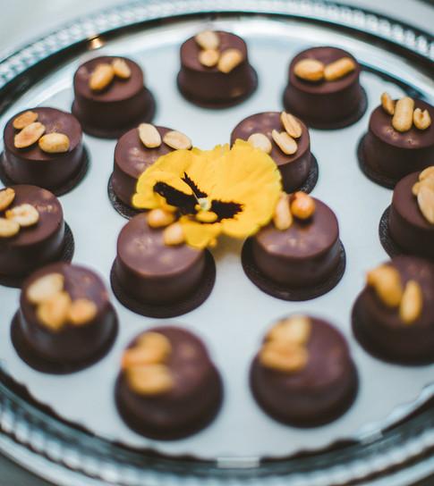 Chocolate & Spicy Peanut Butter Mini Tarts