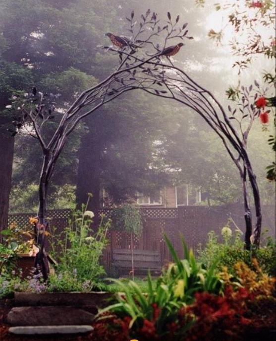 ковка в саду.jpg