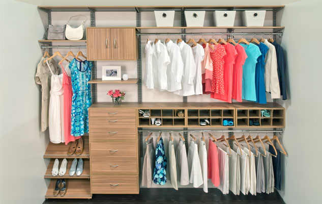 freedomrail-cypress-live-reach-in-closet