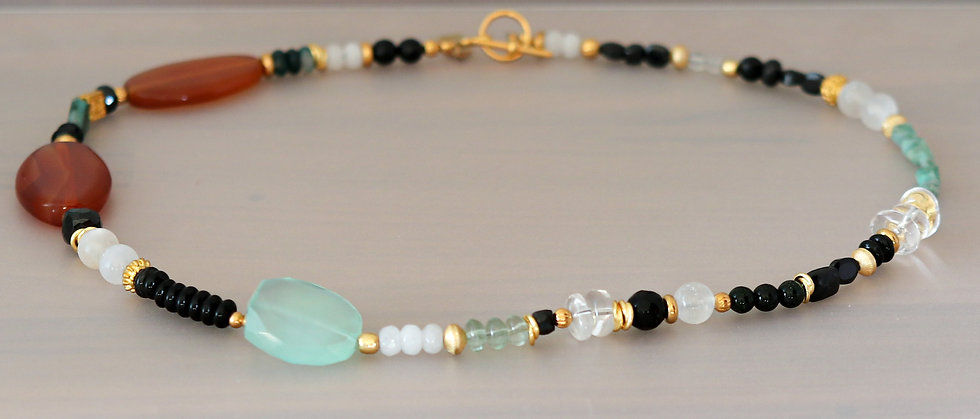 Red Agate and Chrysoprase Necklace