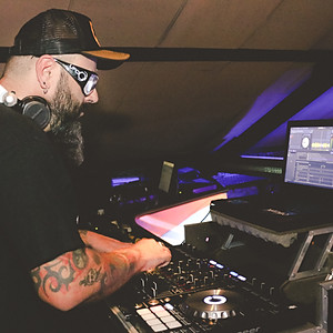 ALMA TRUQUE + DJ CHRIS CAMPOS