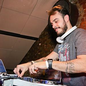 TURNE + DJ RENAN MATHIAS