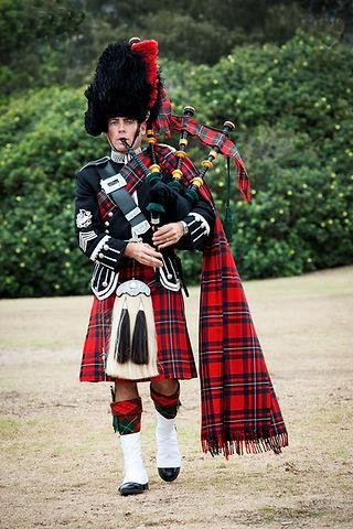 Richard McGregor - Piper - Sydney Bagpip