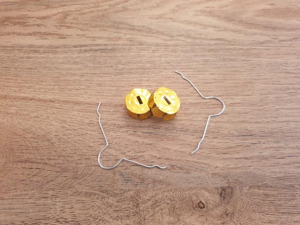 2 x bauble hangers