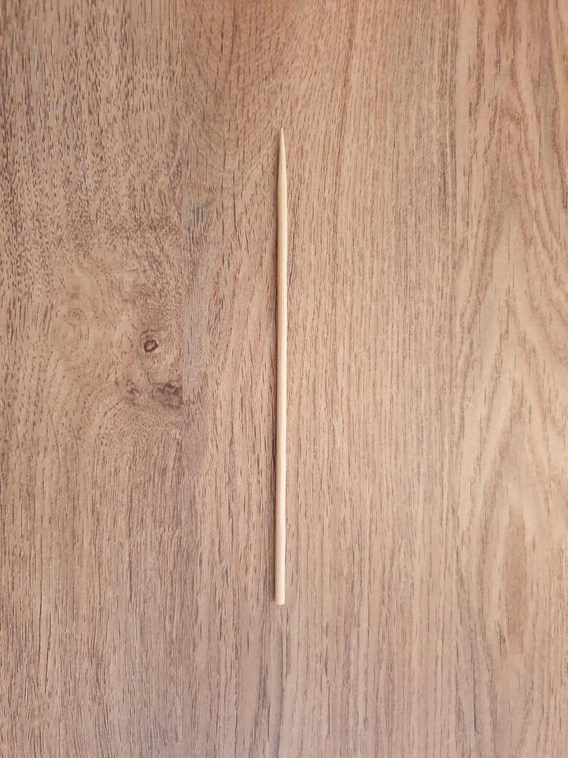1 x bamboo skewer