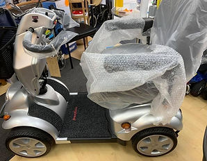 Save £1400 now on office heavy duty mobility scooter
