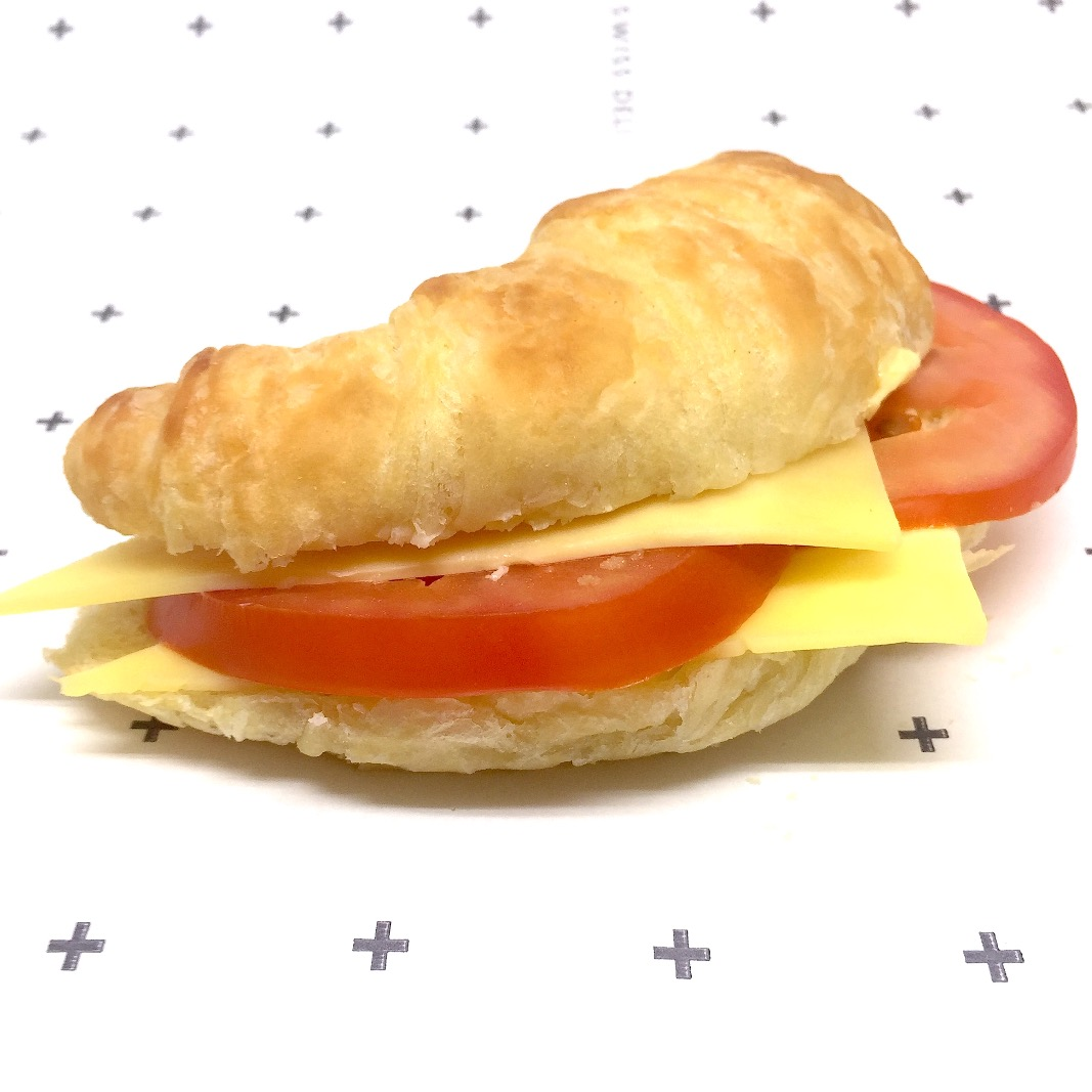 16 cheese and tomato croissant_edited