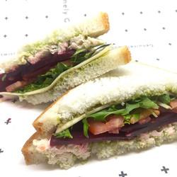 36 gluten free sandwich box_edited