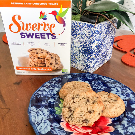 Swerve Chocolate Chip Cookies
