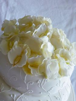 Torta de comunion o bodas con arvejillas