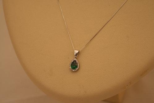 Pear Cut emerald 14ck White Gold