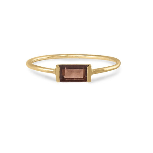 GOLD RING 14CK Yellow Gold with Red  Garnet Stone in Princess Cut