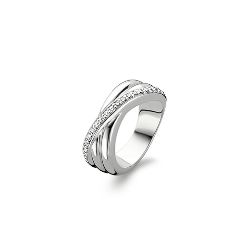 Ti Sento Ring with a hand set of a row of glimmering zirconias
