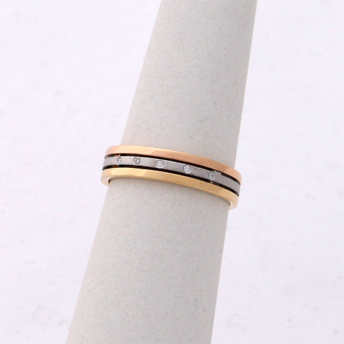 GOLD RING White,Yellow& Rose 18ck Gold with Diamonds  in Brilliant Round Cut