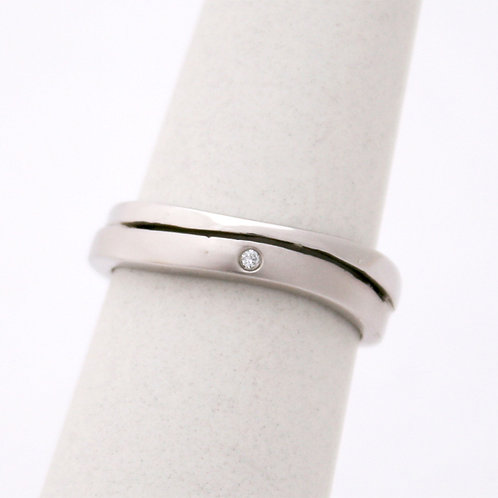 GOLD RING  WHITE Gold 14CK Gold with Diamonds in Brilliant Round Cut