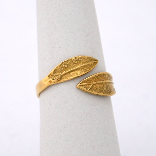 HANDMADE 14ct GOLD OLIVE BRANCH RING