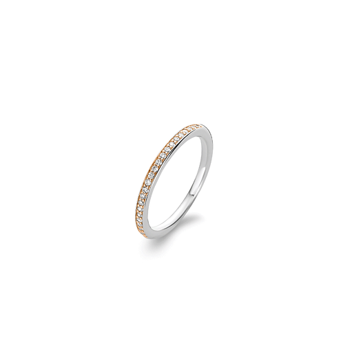 Ti Sento Ring with a row of pavé style cubic zirconia