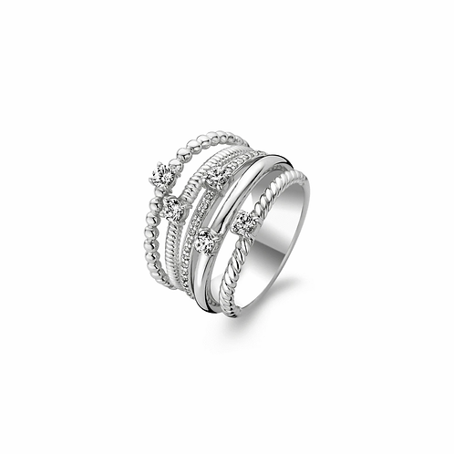 Ti Sento Ring with five different  rings that have been beautifully crafted