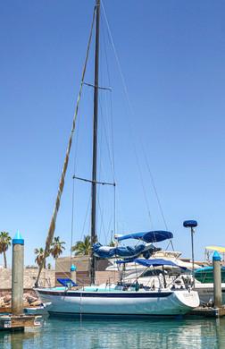 sail in la paz bay, rent a sailboat, sai