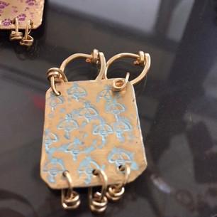 Marine Patina on BEE Stamped Brass Pendant