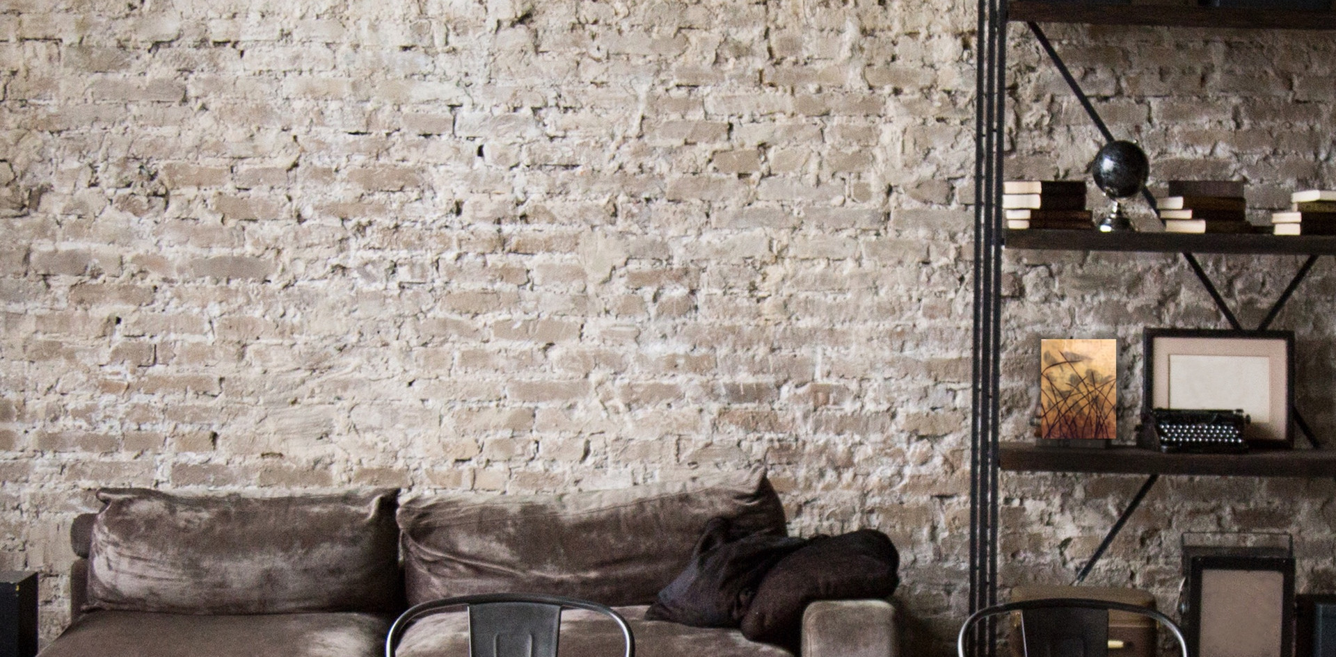 Brown Brick Wall Livingroom