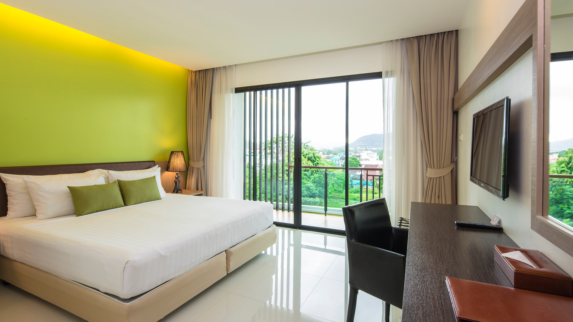 Pago Family Suite
