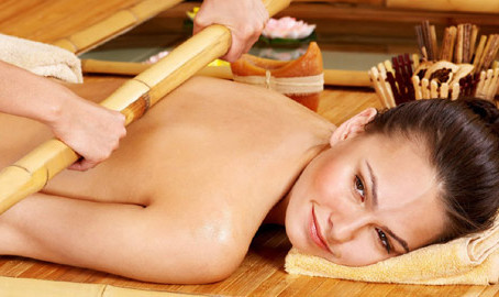THE STORY OF WARM THAI BAMBOO MASSAGE