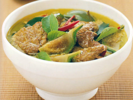 RECIPE OF THE MONTH: GREEN CURRY WITH BEEF