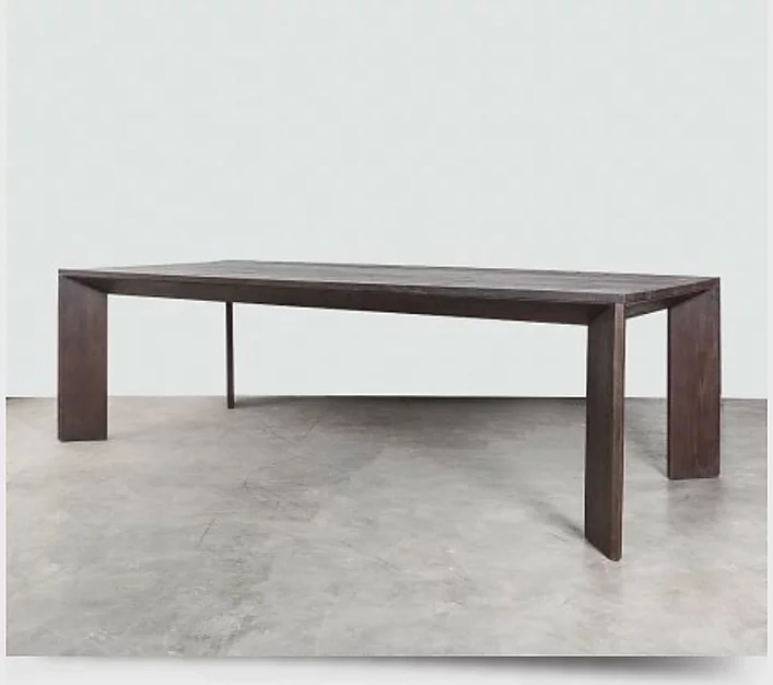 ARGON DINNING TABLE