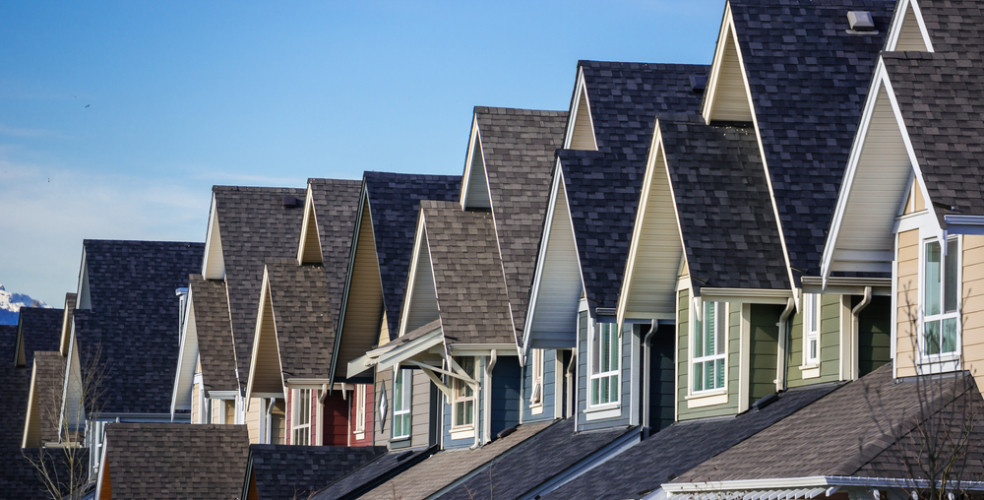 Average Home Price in Canada Surpasses $500,000 For First Time