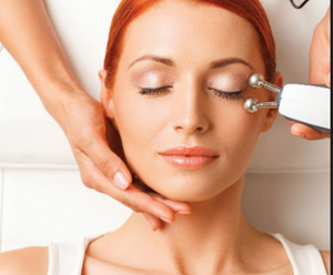 Microcurrent Facial – Lifting Facial