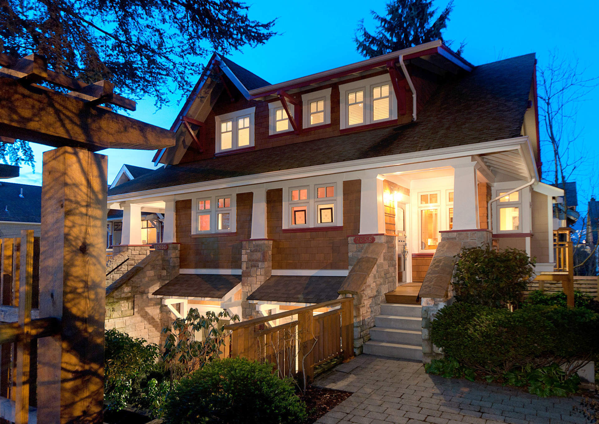 Vancouver House Search