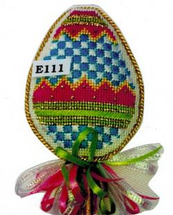 E111 Checkerboard Egg