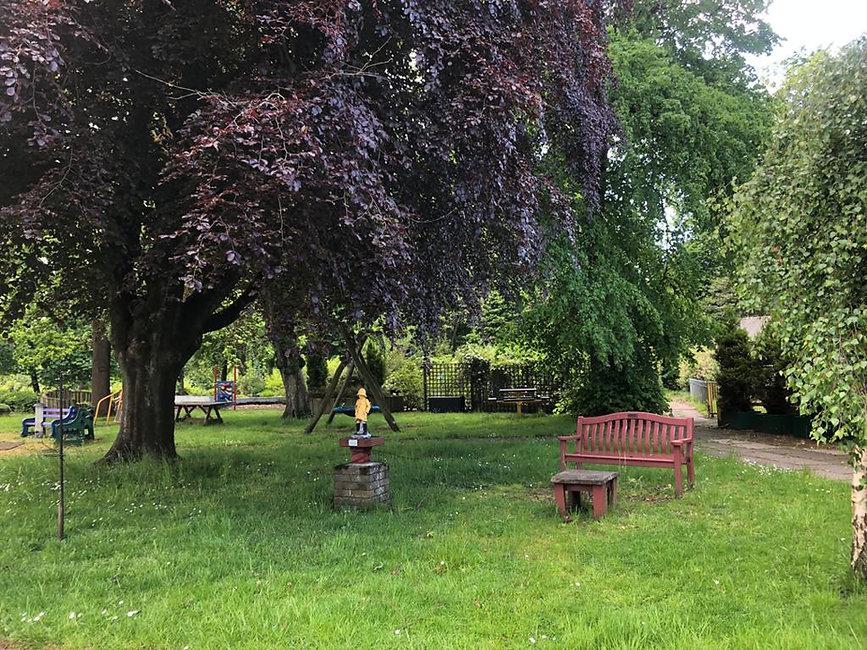 Garden Bench.jpeg