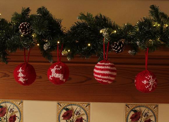 Classic Knitted Baubles Multi Pack