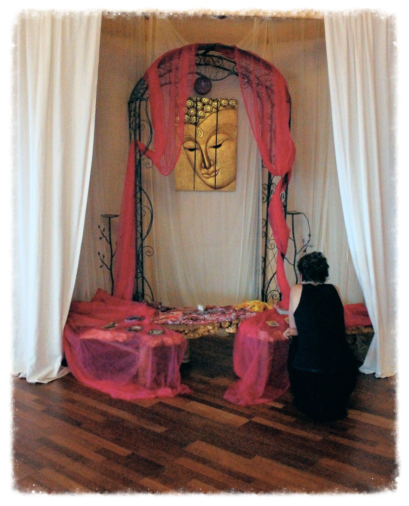 Mindfulness at the Tarot Altar