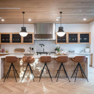 Kitchen & bathroom cabinets for residential and commercial projects