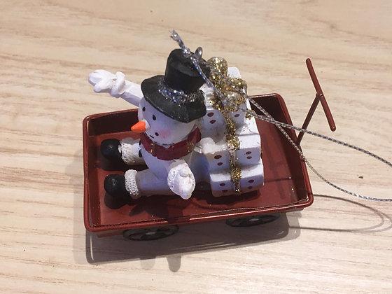 Décoration à suspendre - Chariot + Bonhomme de neige