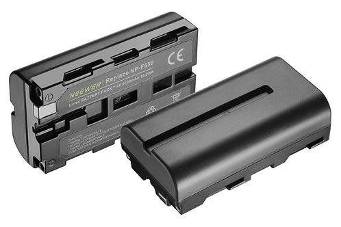 Kit baterías + cargador  USB Neewer NP F550/570 para lámpara de leds