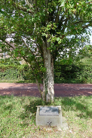 Memorials to Canadian Servicemen at Saltwood and East Sandling Camp, Saltwood