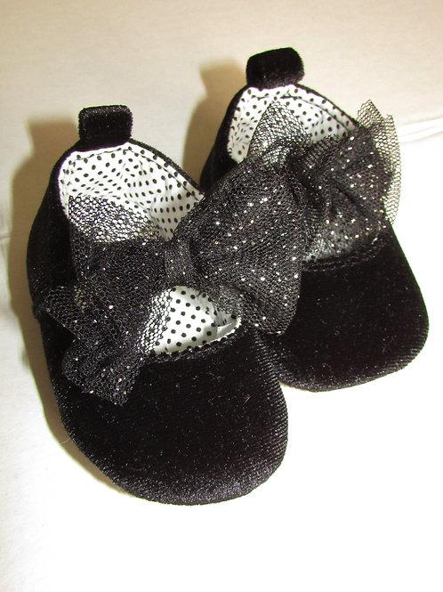 Carters velour shoe black size N