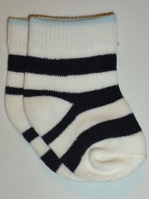 Carters socks choose size 0-6 mos