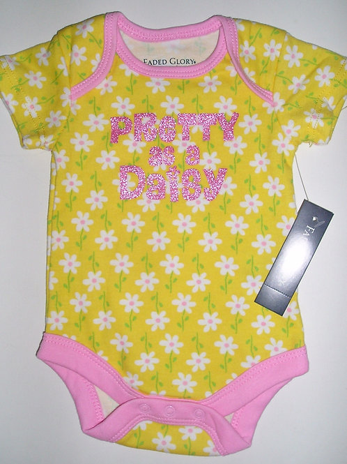 Faded Glory yellow/daisies size N
