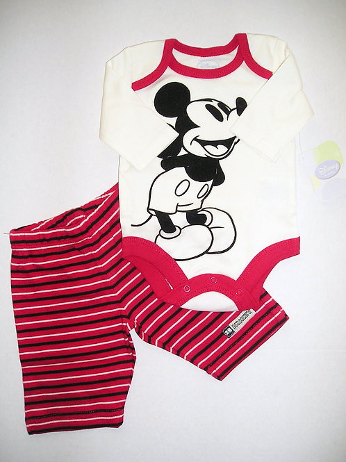 Disney red Mickey size N