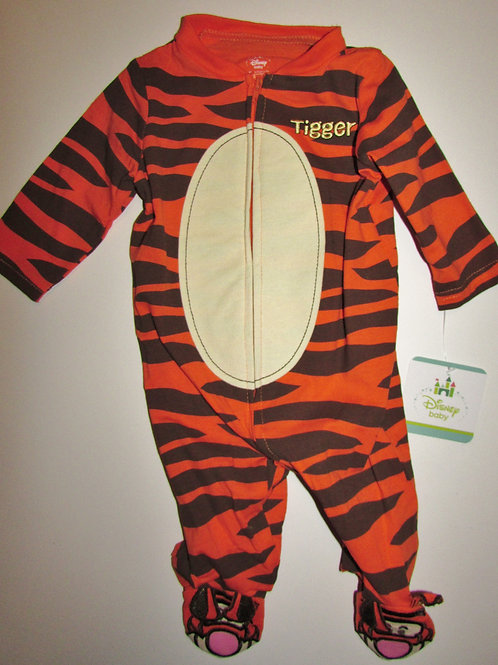 Disney sleeper Tigger size 0-3 mo